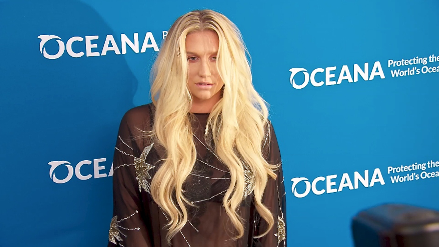 FRANCE ONLY - Kesha, Kristen Bell, January Jones and more at A Concert for Our Oceans 2015