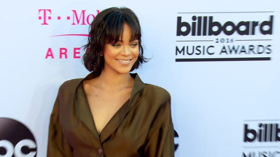 FRANCE ONLY - NO YOUTUBE : Rihanna, Britney Spears and more at Billboard Music Awards 2016