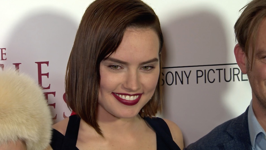FRANCE ONLY - Daisy Ridley, JK Simmons and more at The Eagle Huntress Premiere
