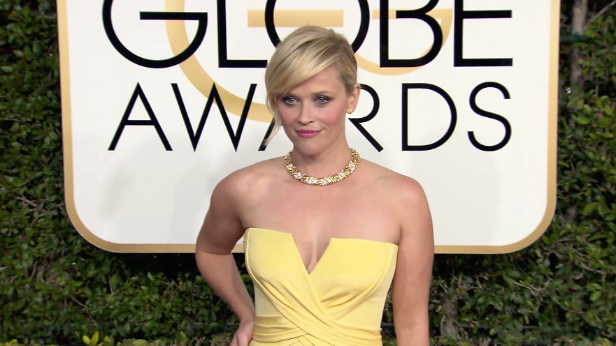 FRANCE ONLY - Reese Witherspoon at Golden Globe Awards 2017