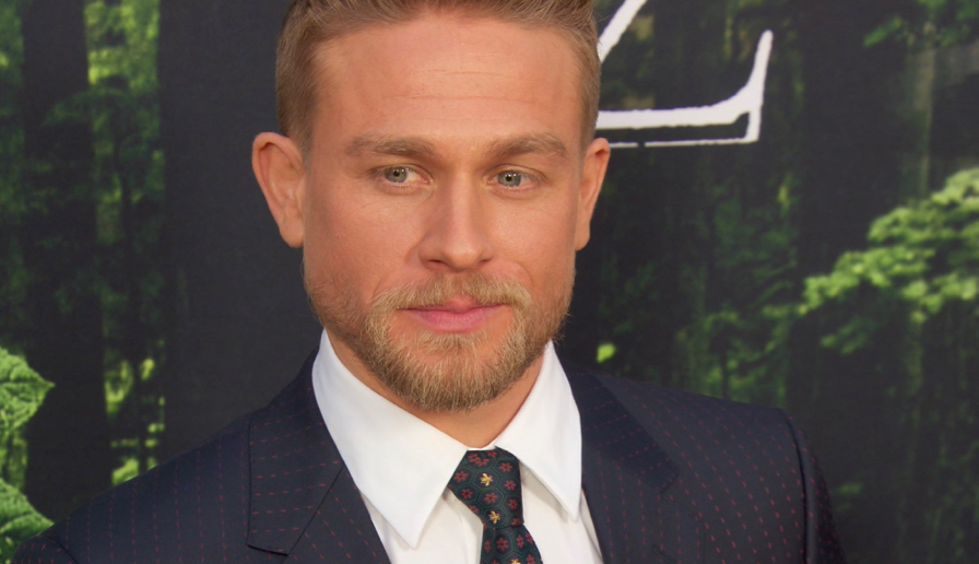 FRANCE ONLY - Charlie Hunnam at The Lost City of Z Premiere