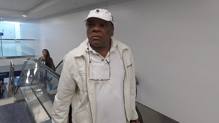 FRANCE ONLY - Comedian John Witherspoon Asked If He s Related To Reese, He Replied Not Yet