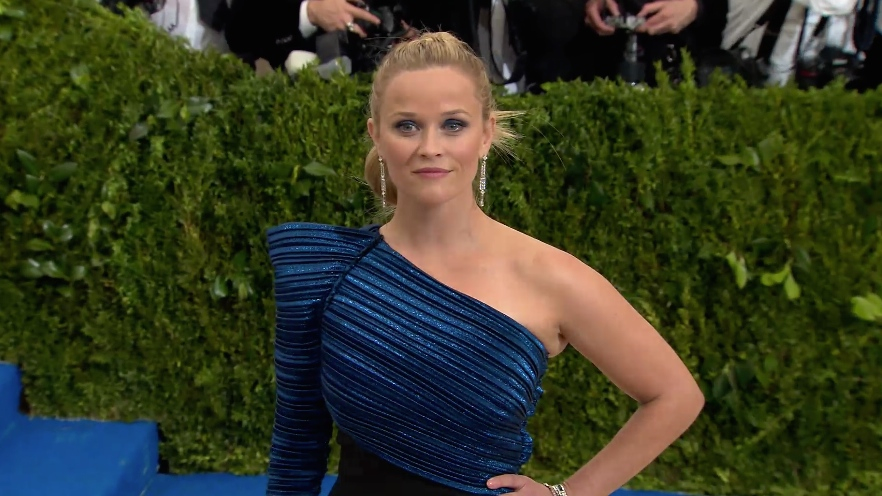 FRANCE ONLY - Reese Witherspoon at The Costume Institute Gala 2017
