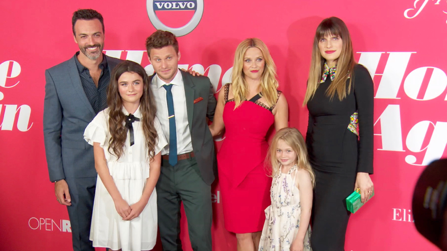 FRANCE ONLY - Reese Witherspoon, Ava Phillippe and more at Home Again Premiere