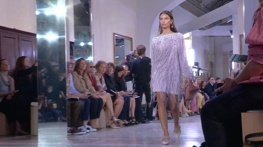 Emily Ratajkowski, Gigi  Bella Hadid, Kendall Jenner and more on the runway for Bottega Veneta