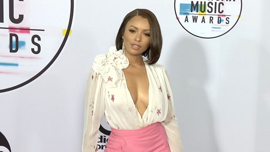 Kat Graham and more on the red carpet for the American Music Awards 2017