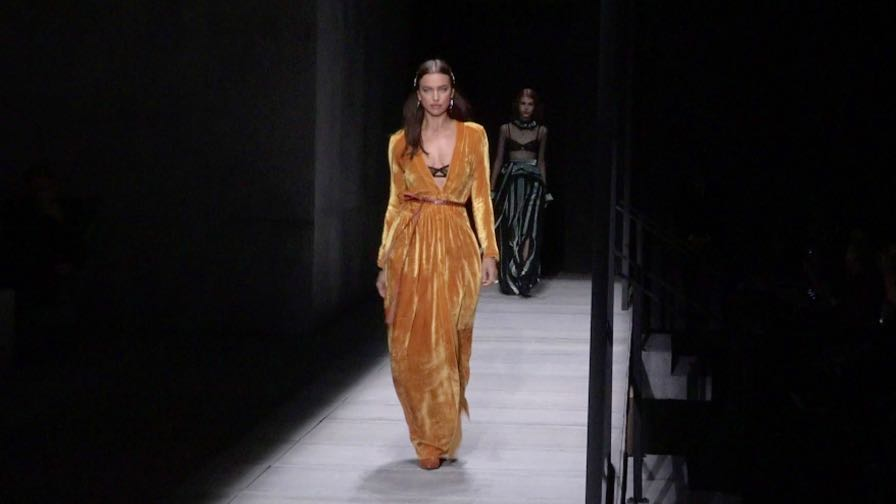 Kaia Gerber, Gigi Hadid, Irina Shayk and more on the runway for the Bottega Veneta Show