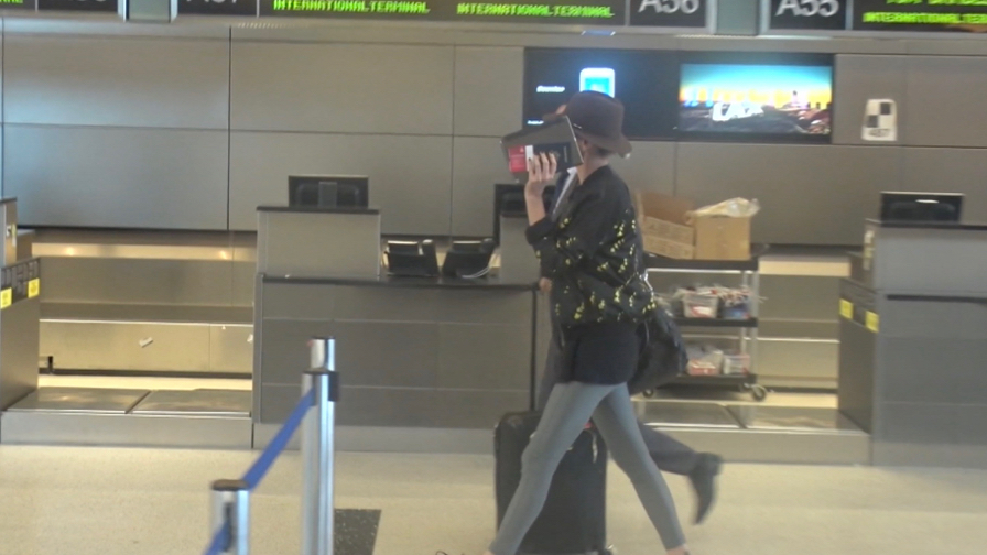 FRANCE ONLY - EXCLUSIVE - Charlize Theron Stunning At LAX, Despite Her Modesty