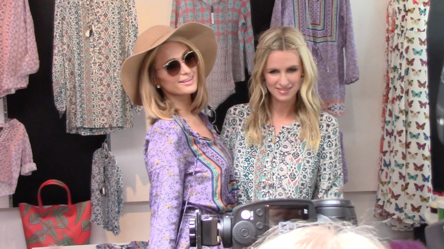 FRANCE ONLY - Paris And Nicky Hilton Check Out Nicky s Fashion Line At Kitson Beverly Hills