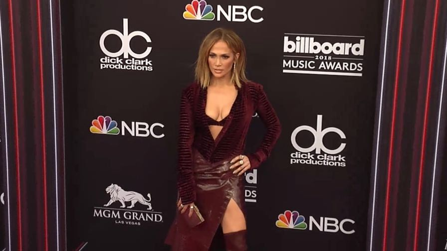 Jennifer Lopez on the red carpet for the 2018 Billboard Music Awards