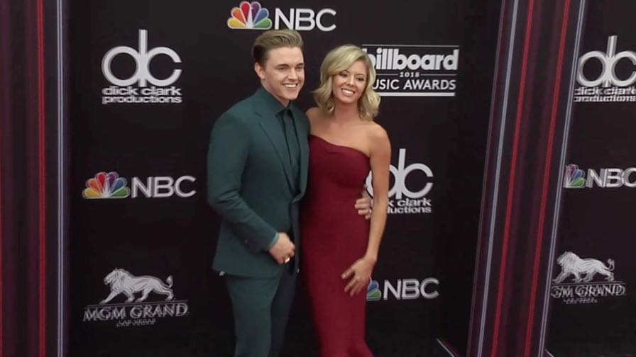 Gigi Gorgeous, Jenna Dewan and more on the red carpet for the 2018 Billboard Music Awards