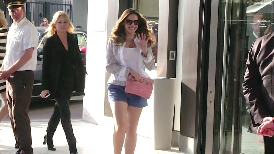 EXCLUSIVE: Voluptuous Kelly Brook back at the Martinez Hotel in Cannes